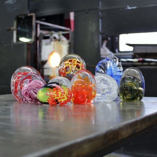 Beginning Glassblowing Paperweights (800x800)